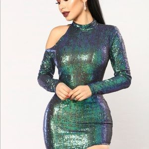 Cute sequin going out dress!
